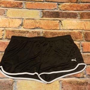 Puma size xl black shorts.